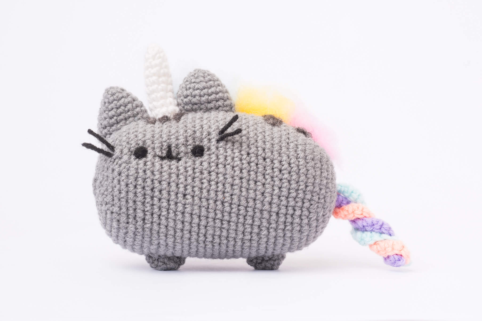 Tiny Rabbit Hole Giveaway! A mix of rainbow and Nyan Cat! Pusheenicorn!